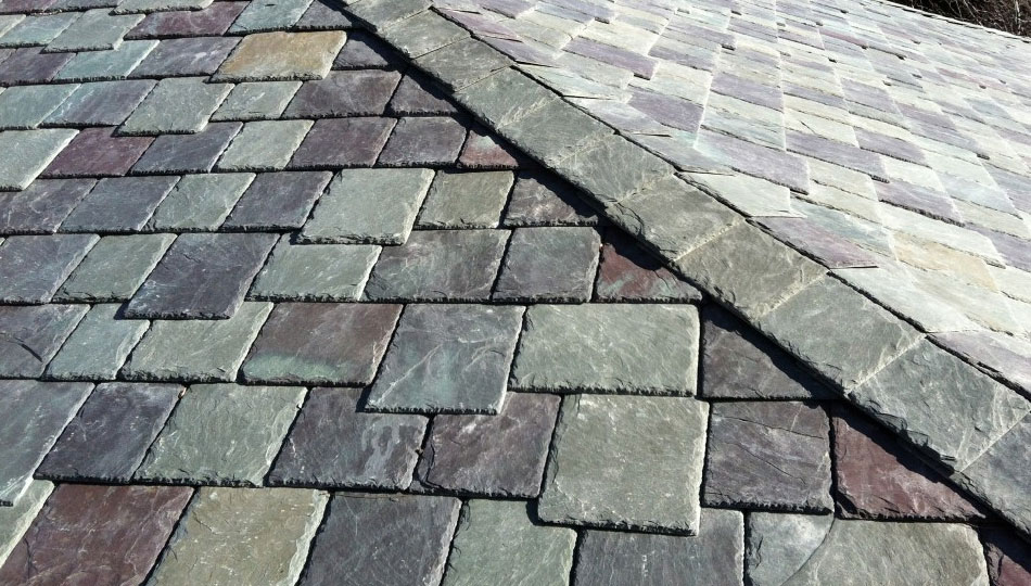 Slate Roof Installation : Slatetec delivers genuine slate but with significantly